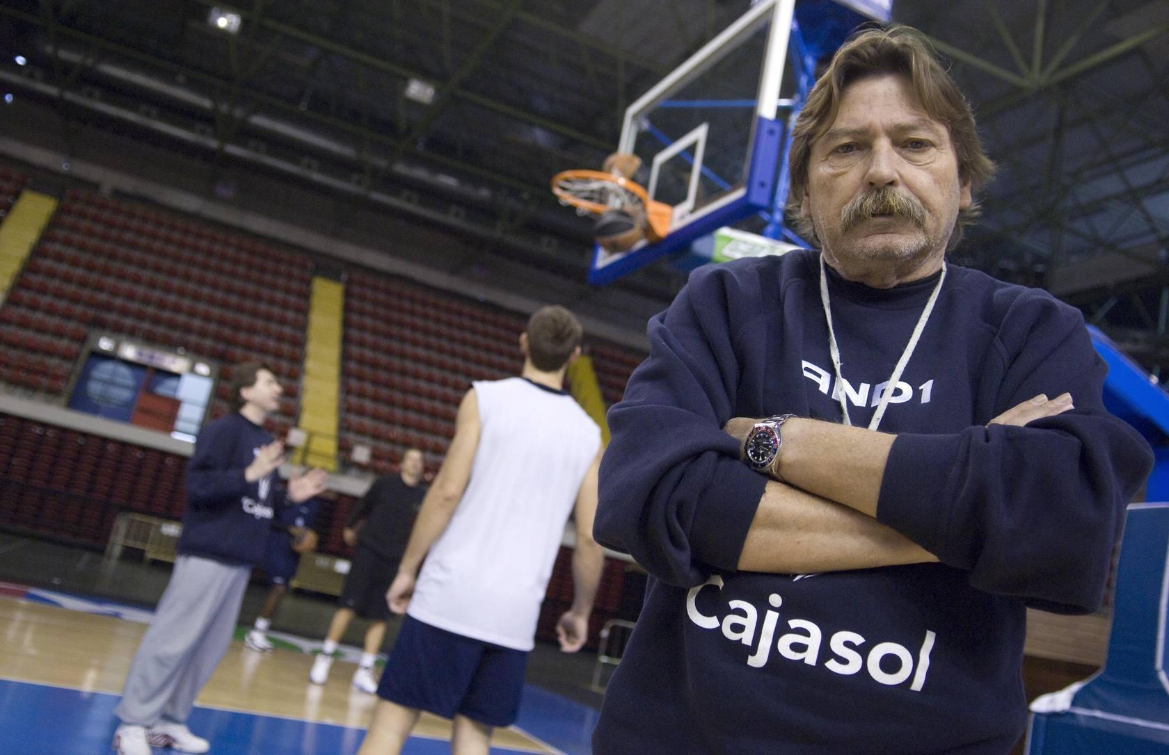 Manel Comas, una vida dedicada al baloncesto
