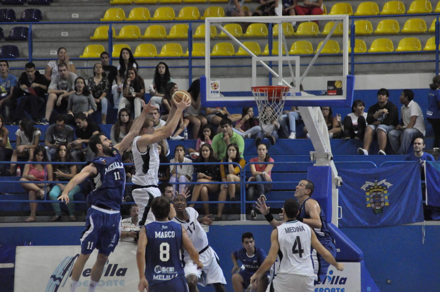 El Cáceres revive su mal sueño de Melilla