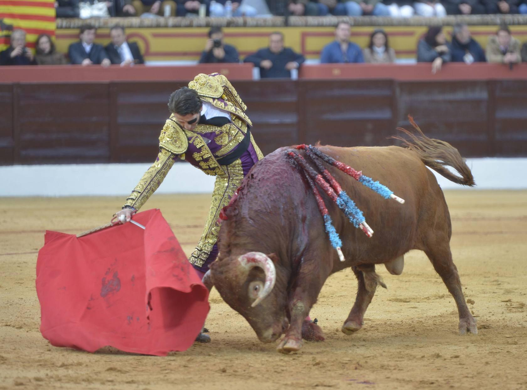 TOROS OLIVENZA | 'El Juli' y Perera supieron aprovechar el buen toro que le toc&oacute; a cada uno