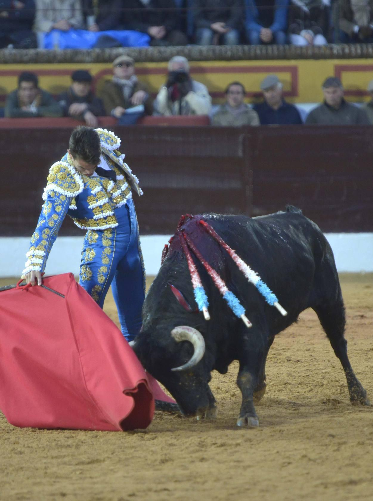 TOROS OLIVENZA | La corrida del domingo, en im&aacute;genes