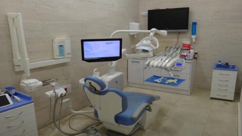 Limpieza dental indolora con técnica de ultrasonido