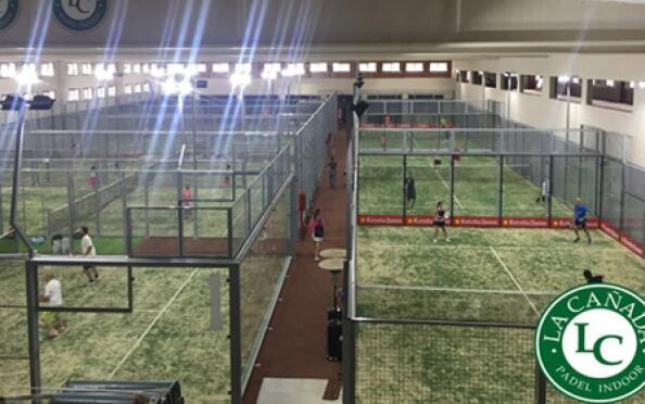 Alquiler pista completa de padel Indoor La Cañada