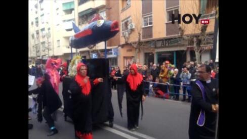 San Roque vive su tradicional Entierro de la Sardina