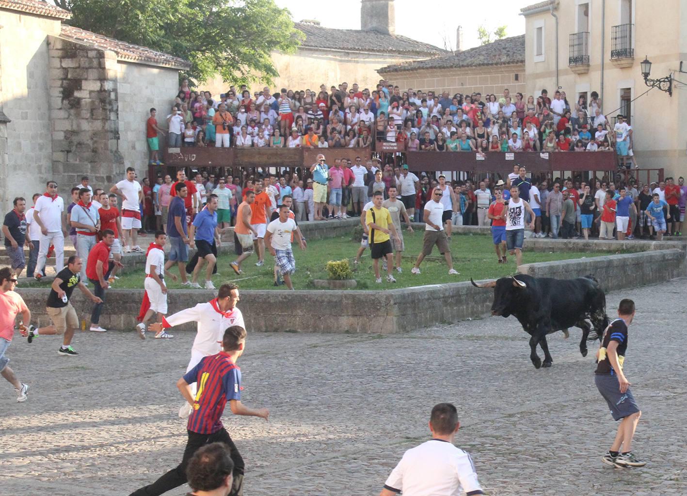 Un toro de Palha hiere a un vecino de Coria en San Juan