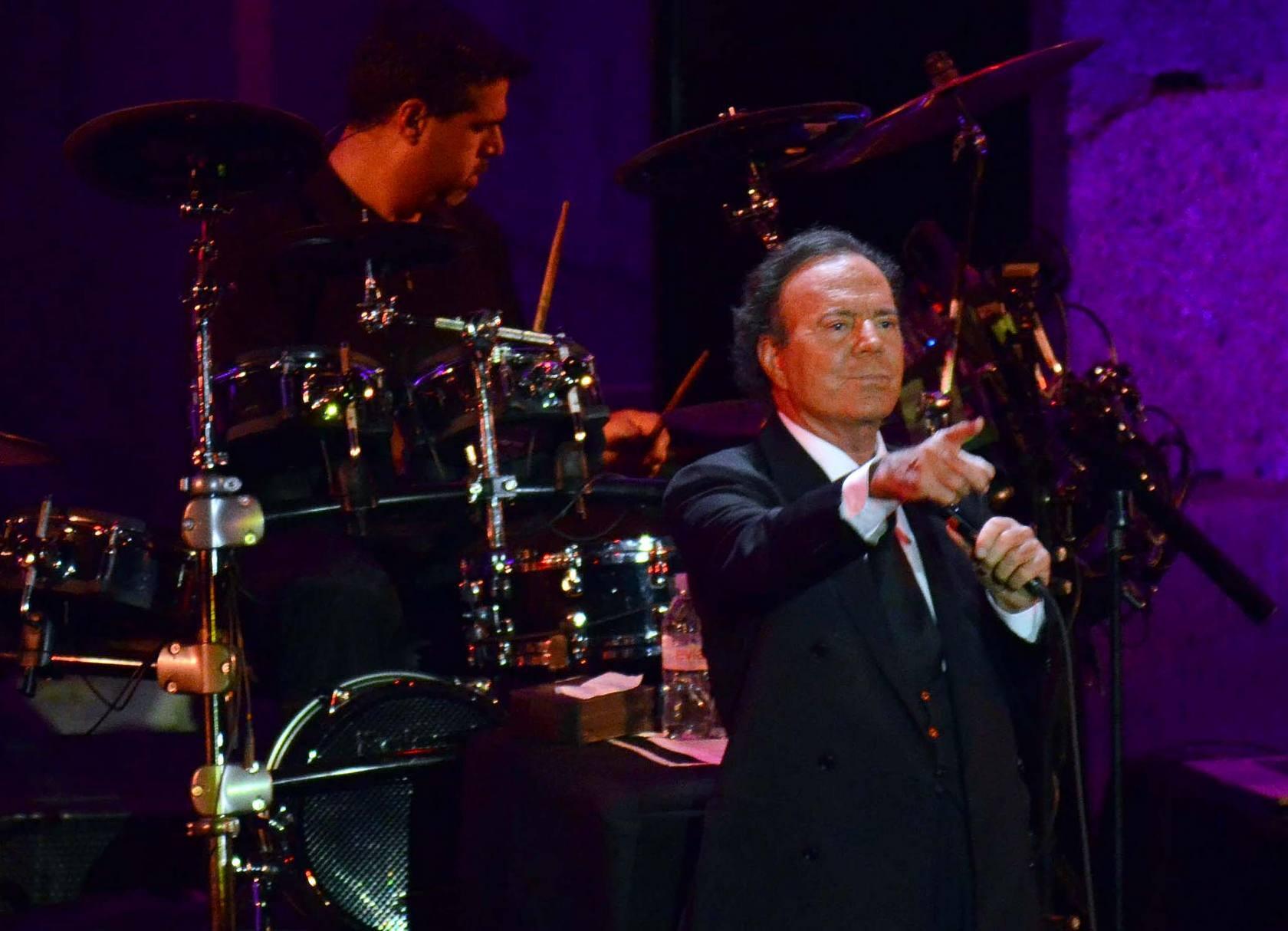 Concierto de Julio Iglesias en el Teatro Romano