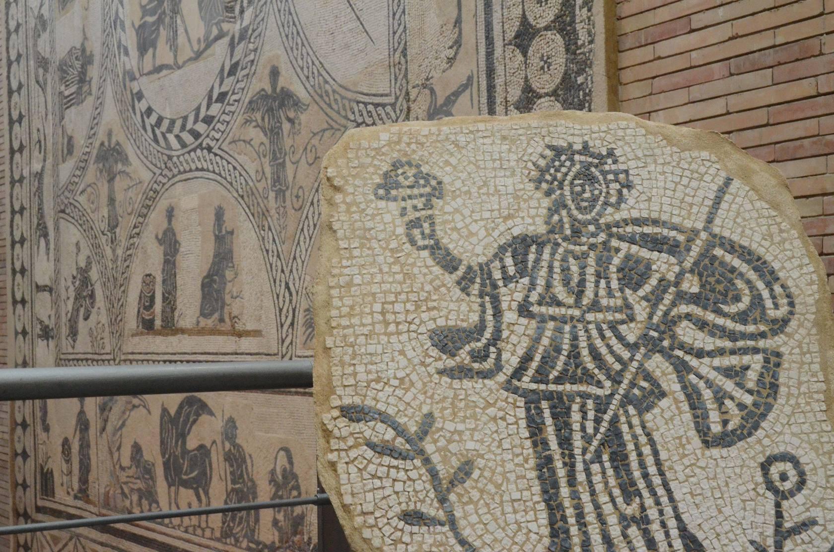 El mosaico toma el Museo Romano