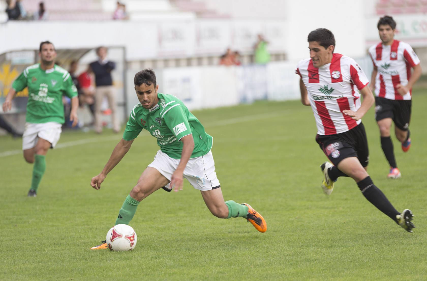 El Villanovense se complica la permanencia en Segunda B
