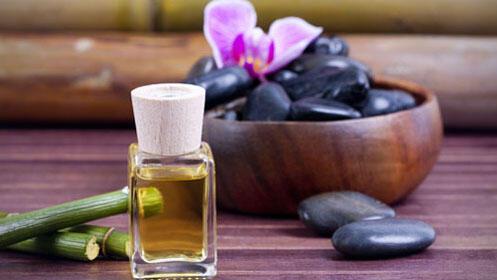 Masaje corporal de 40 min. con piedras calientes