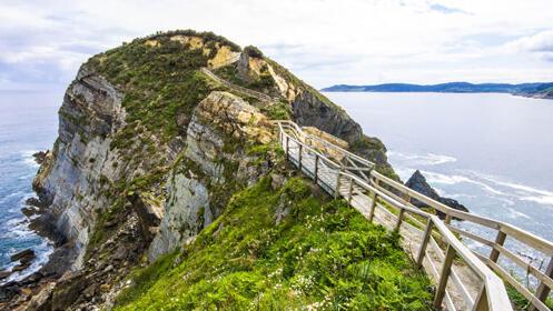 Super Puente de los Santos en Asturias, Mariña Lucense y playa de Las Catedrales