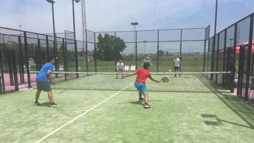 4 Clases de Pádel o Tenis de 1 hora
