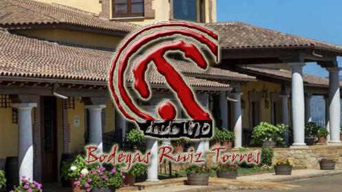 Estuche con 3 vinos extremeños de Bodegas Ruiz Torres