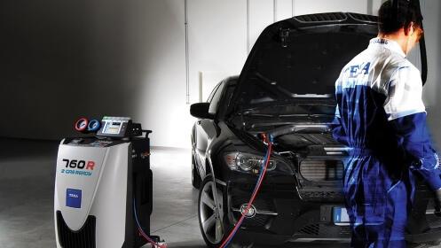 Carga de aire acondicionado + detector de fugas y revisión pre ITV para tu coche